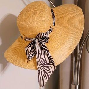 Woman's Beach Handmade Straw Hat